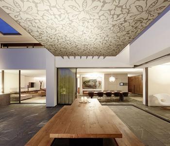 Фактурный натяжной потолок золотой