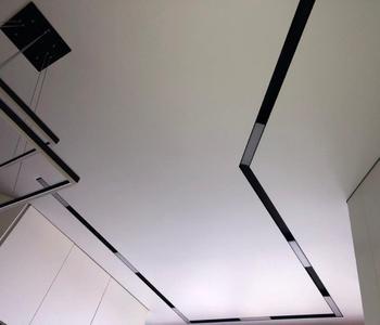 Натяжной потолок кривая