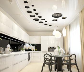 Резной натяжной потолок кухня