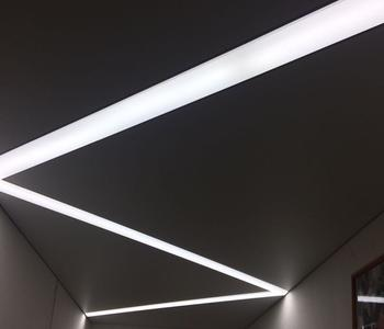Натяжной потолок изогнутая
