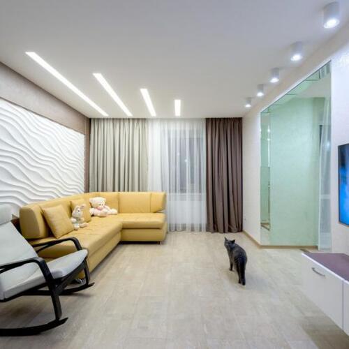 Фото Натяжной потолок в зале - гостиной