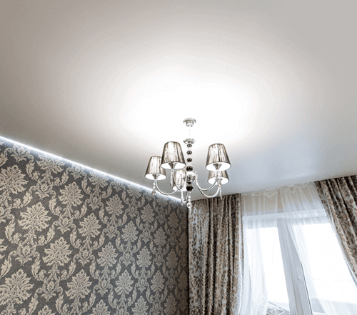 Фото Натяжной потолок в спальне