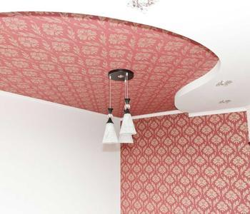 Красная вставка натяжной потолок
