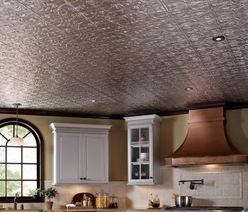 Серый фактурный потолок