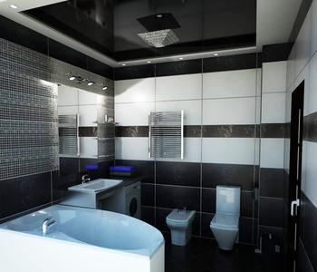 Черный  потолок в ванной комнате глянец