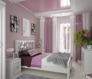 Розовый потолок в спальне