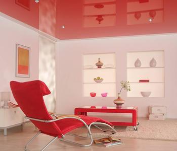 Потолок  красный в детскую комнату