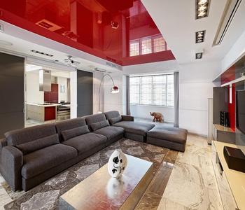 Потолок красный цвет в гостиную комнату